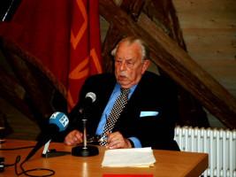Hans-Jürgen Wischnewski während seiner Festrede